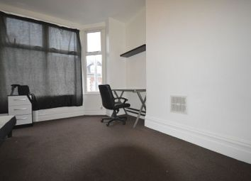 Thumbnail 1 bed flat to rent in Flat 3, Chaucer Street