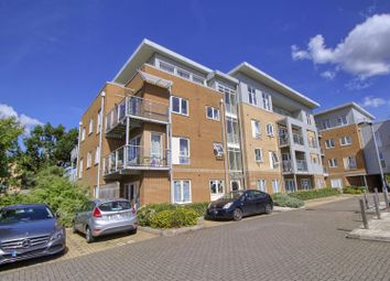Korda Close, Borehamwood WD6. 2 bed flat