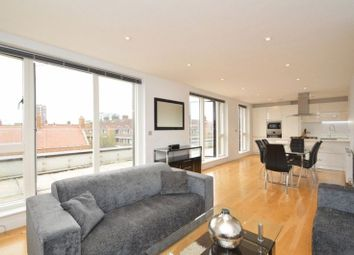 Thumbnail 3 bed flat to rent in Cityscape Apartments, Heneage Street, Whitechapel