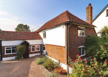 Loose Road, Loose, Maidstone, Kent ME15. 3 bed detached house