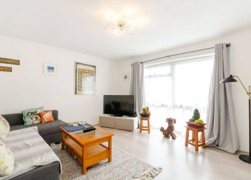 Thumbnail 1 bedroom flat for sale in South Bank, Surbiton