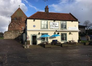 Thumbnail Leisure/hospitality for sale in The White Swan, North Quay, Great Yarmouth