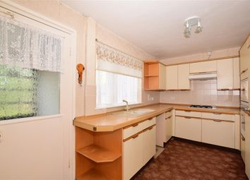 2 bedroom house in maidstone kent. thumbnail 2 bed end terrace house for sale in south park road, maidstone, kent bedroom maidstone e