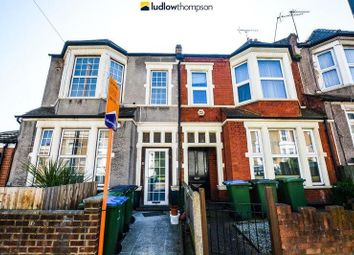 Thumbnail 3 bed flat to rent in Woodland Terrace, London