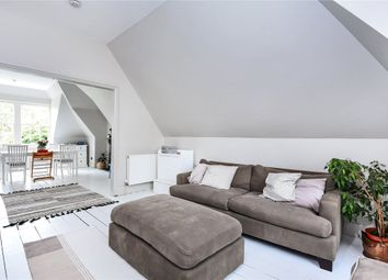 Thumbnail 3 bed flat to rent in Lindfield Gardens, London