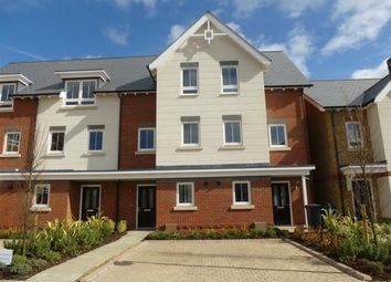 Thumbnail 3 bedroom town house to rent in Pintail Way, Maidenhead