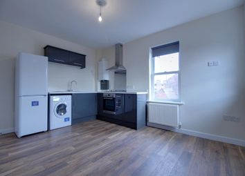 Thumbnail 1 bed flat to rent in Crookham Road, Fleet