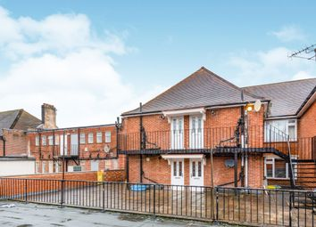 Thumbnail 1 bed flat to rent in Fleet Road, Fleet