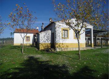 Thumbnail Farm for sale in Vila Velha De Rodão, Vila Velha De Ródão (Parish), Vila Velha De Ródão, Castelo Branco, Central Portugal