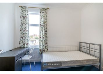 Room to rent in Balfour Road, Ilford IG1
