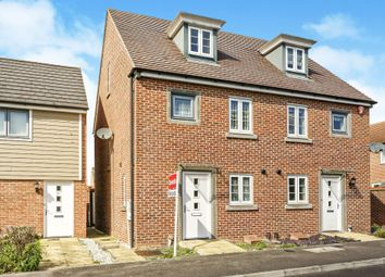 Thumbnail 3 bed town house for sale in Benham Road, Basingstoke
