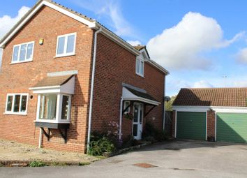 4 bed detached house for sale in Exmoor Road, Thatcham RG19