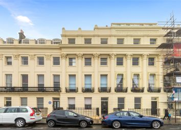 Brunswick Terrace, Hove BN3. 2 bed flat for sale