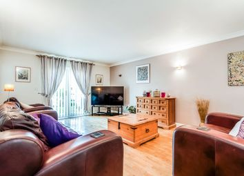 Thumbnail 3 bedroom flat for sale in Marina Way, Abingdon