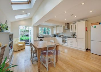 4 bed property for sale in Grandison Road, London SW11