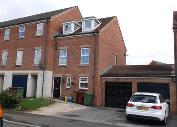 Thumbnail 3 bed town house to rent in Pinewood Close, Bottesford, Scunthorpe