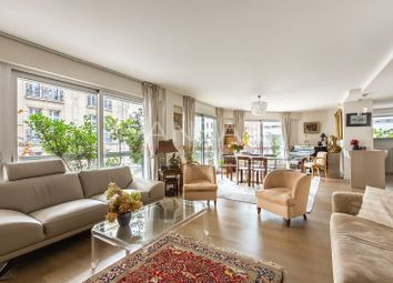 Thumbnail 2 bed apartment for sale in Paris, France