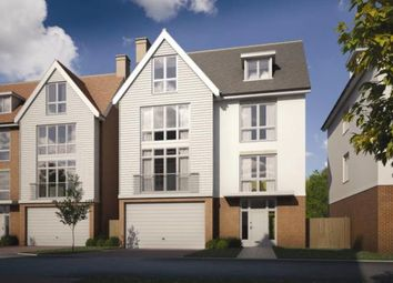 Thumbnail 5 bedroom detached house for sale in Remembrance Avenue, Burnham- On- Crouch, Essex