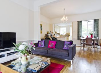Thumbnail 3 bed maisonette to rent in Barnsbury Road, London