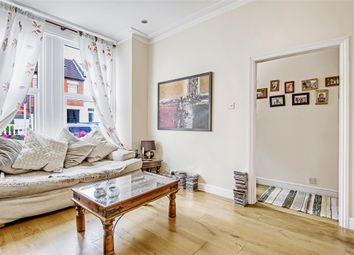 Thumbnail 1 bedroom maisonette for sale in Brightwell Crescent, London