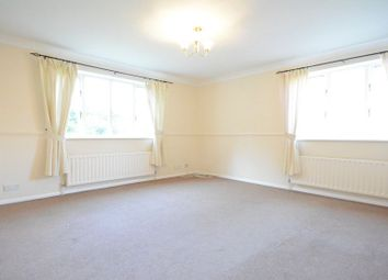 Thumbnail 2 bedroom flat to rent in Horndean Road, Bracknell