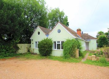 Thumbnail 4 Bedroom Bungalow For Sale In Finchampstead Wokingham