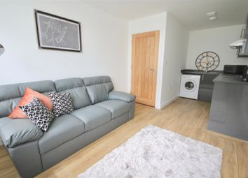 Thumbnail 1 bed flat to rent in Isambard Brunel Road, Portsmouth