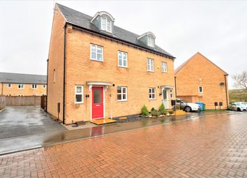 Thumbnail 4 bed town house for sale in Reef Close, Warsop, Mansfield