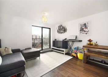 Thumbnail 2 bed flat to rent in Dunbridge Street, Londonv