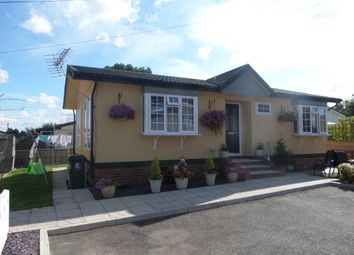 Thumbnail 2 bedroom mobile/park home for sale in Abridge Park, London Road, Abridge