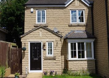 Thumbnail 3 bed town house for sale in Cuniver Court, Liversedge