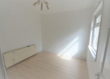 4 bed end terrace house to rent in Ley Street, Ilford IG1