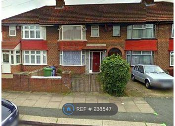 Thumbnail 3 bed terraced house to rent in Oakleigh Avenue, London