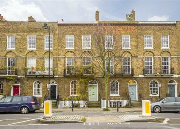 Thumbnail 4 bed property to rent in Barnsbury Road, London