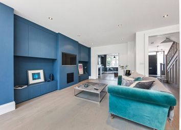 Thumbnail 5 bedroom flat to rent in Wren Avenue, London