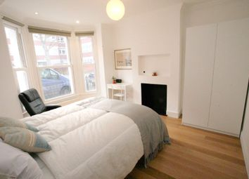 Thumbnail 5 bed shared accommodation to rent in Shuttleworth Road, London