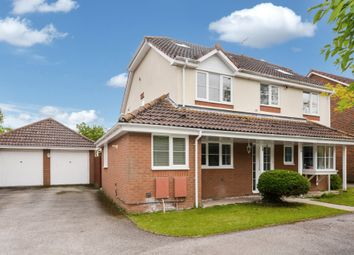 Thumbnail 5 bed detached house to rent in Arnold Way, Thame
