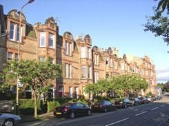 Thumbnail 3 bedroom flat to rent in Blackford Avenue, Edinburgh