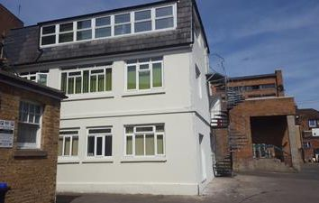 Thumbnail Office to let in First & Second Floor, Rear Of 59 High Street, Maidstone, Kent