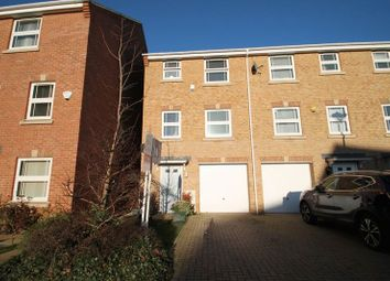 Thumbnail 4 bed property for sale in Blenheim Road, Leighton Buzzard, Bedfordshire