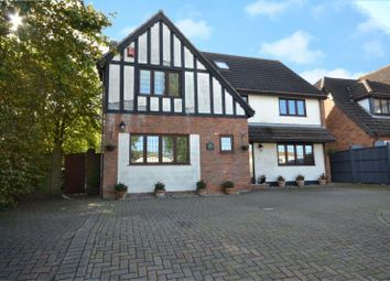 4 bed detached house for sale in London Road, Crays Hill, Billericay Essex CM11