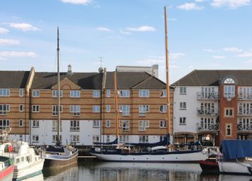 Thumbnail 1 bed flat to rent in Dunnage Crescent, London