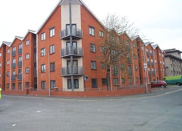 2 bed flat to rent in Loxford Street, Manchester M15