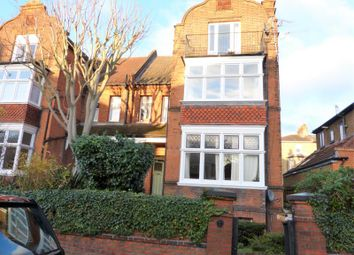 Thumbnail 2 bed flat to rent in Cadogan Road, Surbiton