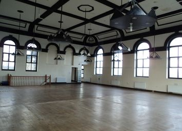 Thumbnail Studio to rent in North Road, Dewsbury