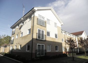 Thumbnail 1 bedroom flat to rent in Eddington Crescent, Welwyn Garden City, Hertfordshire