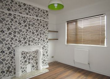 Thumbnail 2 bedroom flat to rent in Victoria Street, Gosport