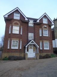 Thumbnail 1 bed flat to rent in Granville Road, Sevenoaks