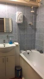 1 bed maisonette to rent in Troon House, White Horse Road, Limehouse, London E1