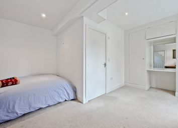 Thumbnail 3 bed property to rent in Lant Street, London